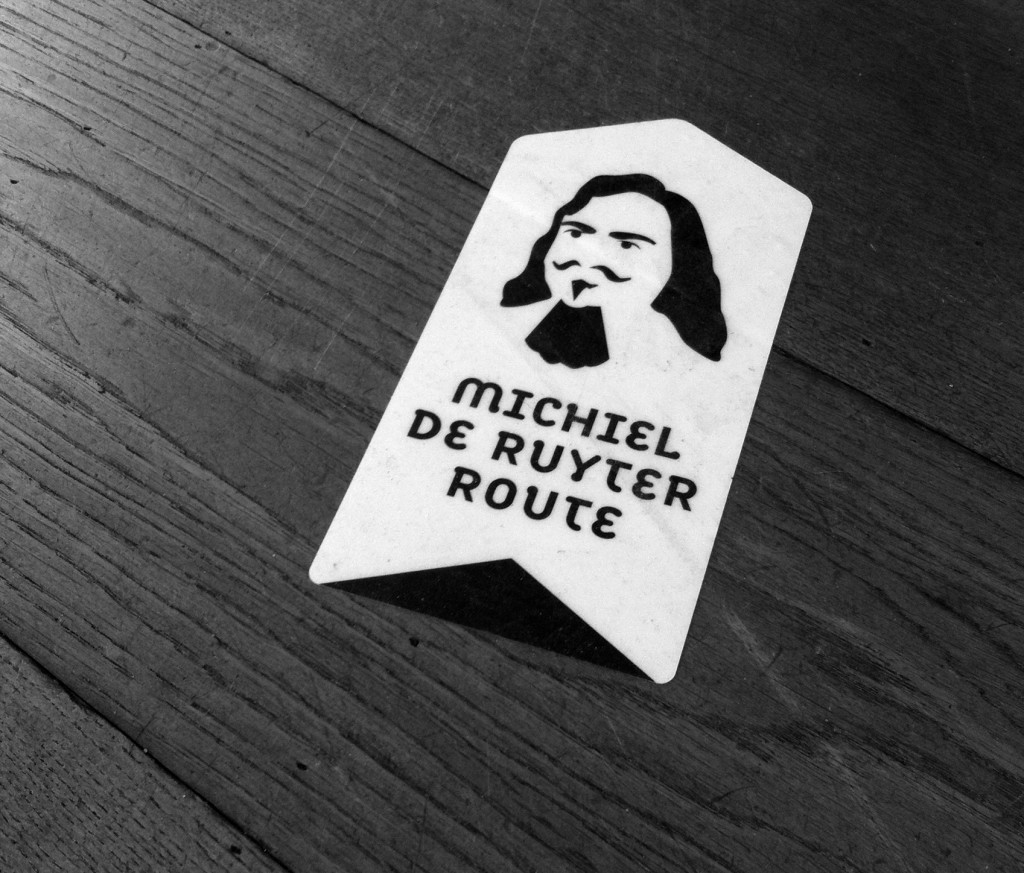 Vloersticker, Michiel de Ruyter, logo, silhouet, vloersticker